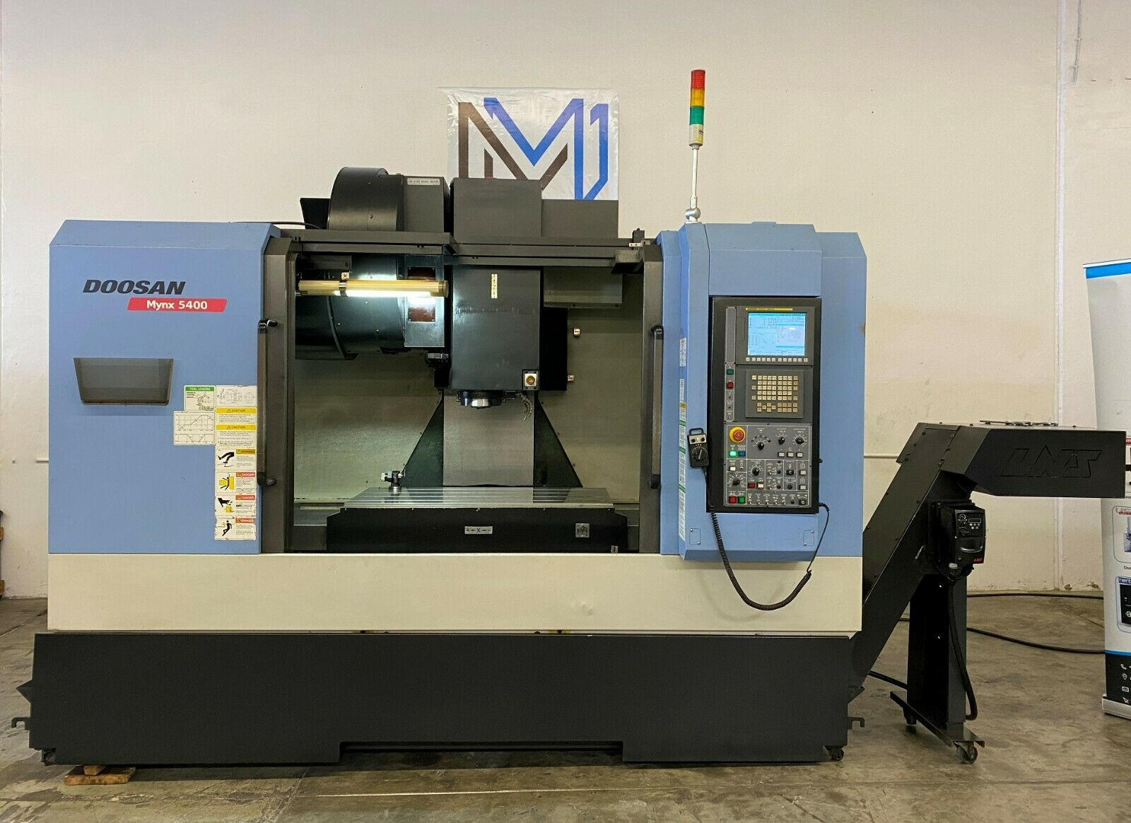 DOOSAN MYNX 5400 VERTICAL MACHINING CENTER CNC MILL 4020 TSC 4H AXIS – 2012 (1)