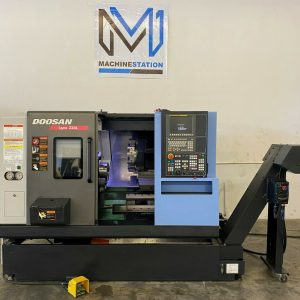 Daewoo Doosan LYNX 220LC CNC Turning Center