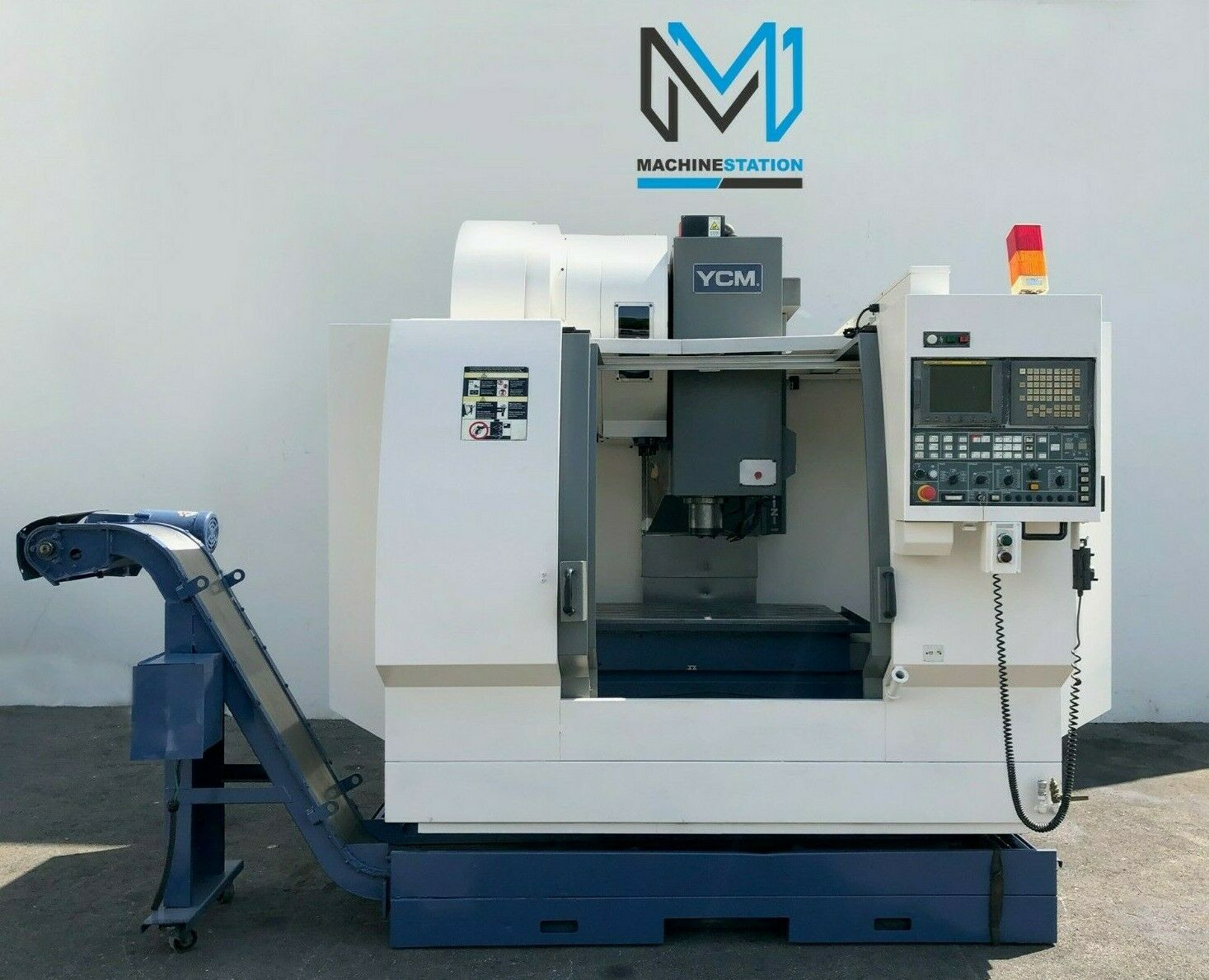 YCM MV-106A Vertical Machining Center(1)
